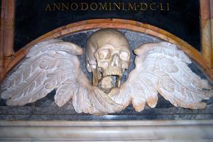 Memento_Mori - Holy Souls