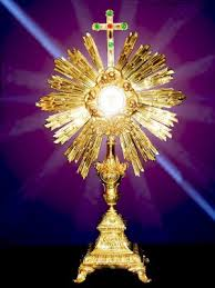 Corpus Christi #4 - Monstrance light emanating